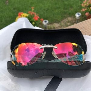 Chanel Iridescent Sunglasses model 4037 with case